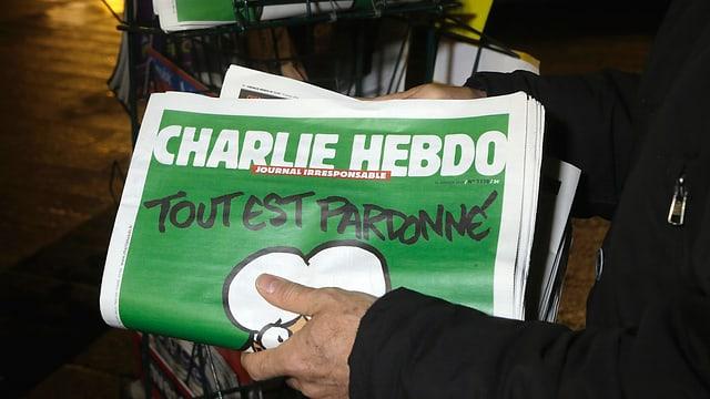 Zu sehen ist eine Ausgabe des Magazins «Charlie Hebdo».