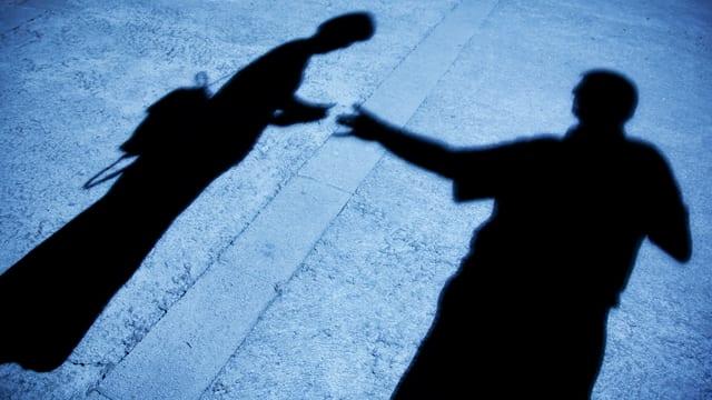 War es sexuelle Nötigung oder Erpressung? Die Beteiligten machen widersprüchliche Aussagen zum Ablauf.