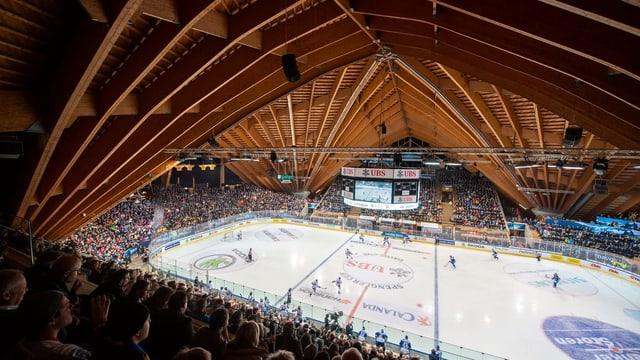 Il stadion dal Club da hockey da Tavau