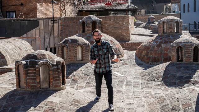 Video «Virus im wilden Osten - Tbilisi (Tiflis)» abspielen