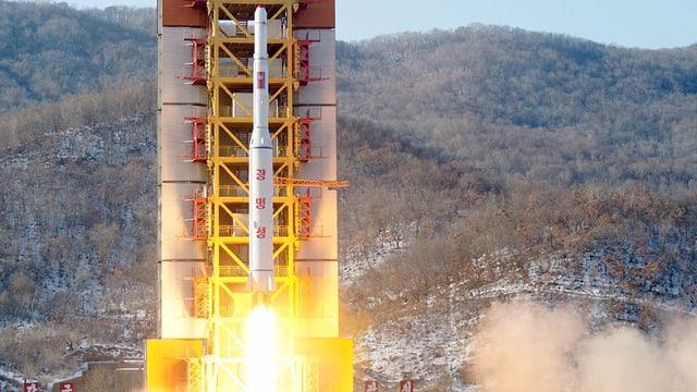 racheta da la Corea dal Nord durant la partenza