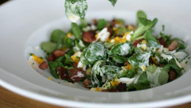 In taglier salata.