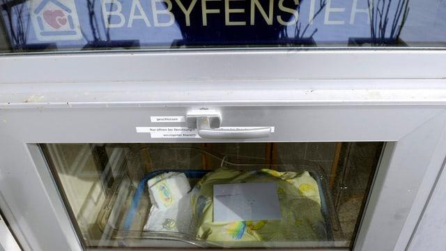 Nach dem Vorbild des Spitals Einsiedeln soll es auch im Kanton Bern ein Babyfenster geben. Am liebsten am Berner Inselspital.