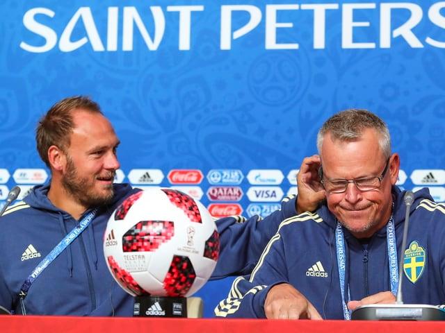 Granqvist und Andersson an der Medienkonferenz