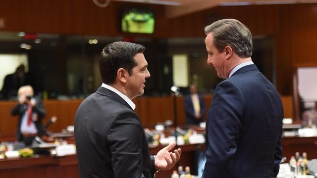 Tsipras und Cameron sprechen miteinander