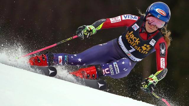 La victura Mikaela Shiffrin durant la cursa.