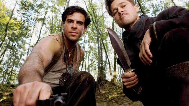 Eli Roth als Sergeant Donny Donowitz und Brad Pitt als Lieutenant Aldo Raine in «Inglourious Basterds».
