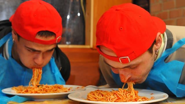 Nicht überall sind die Spaghetti geniessbar (das Bild zeigt ein Spaghetti-Wettessen).