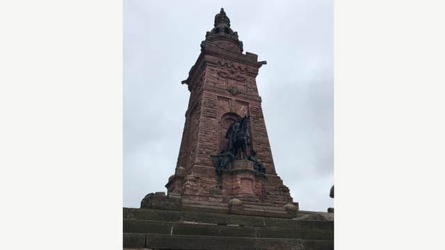 Das Barbarossa Denkmal auf dem Kyffhäuserberg.