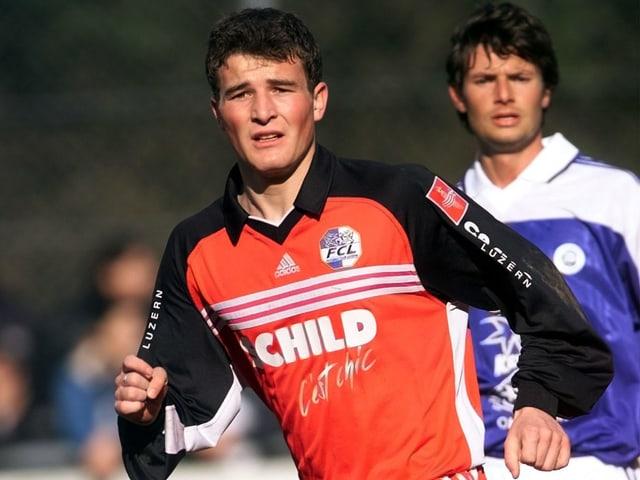 Frei beginnt seine Profikarriere 1997 beim FC Basel. Nach einem Zwischenspiel beim FC Thun schnuppert er beim FC Luzern NLA-Luft.