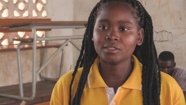 Video «Kinderehe – Teresa ist zurück in der Schule» abspielen