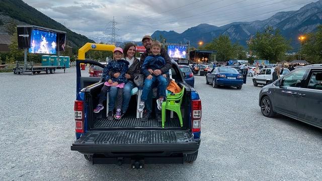 autos cun famiglia.