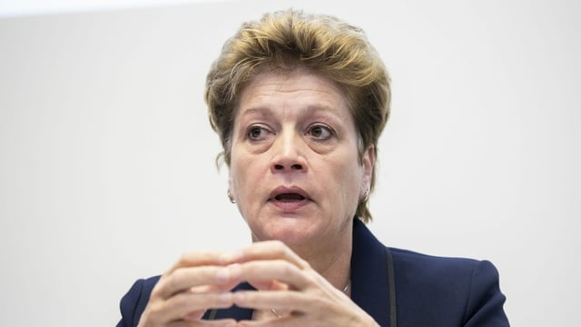 Portrait von der Zürcher Regierungsrätin Silvia Steiner.