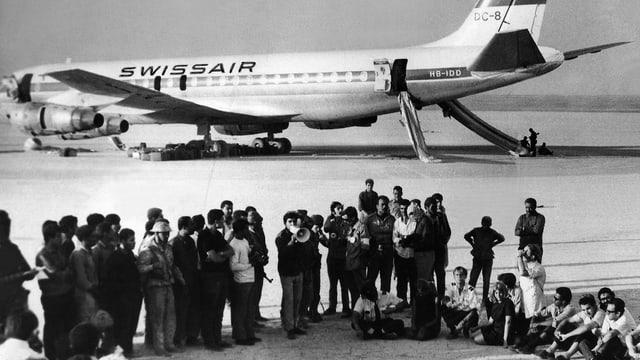 Die 1970 entführte DC-8 der Swissair steht in der Wüste Jordaniens.