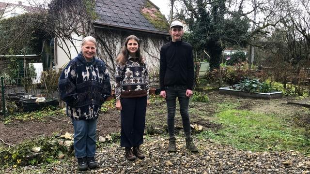 Familie Gross im Garten