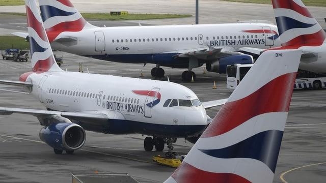 aviuns da passagiers sin la plazza aviatica
