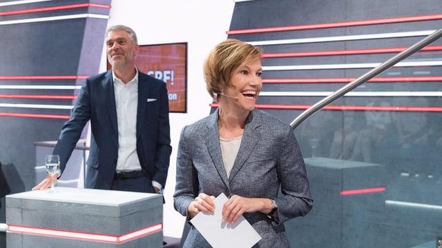 Kommunikationschefin Andrea Hemmi begrüsst das Publikum: «Heute soll es genauso spannend werden wie an der WM – nur, dass am Ende hoffentlich beide Seiten gewinnen.»
