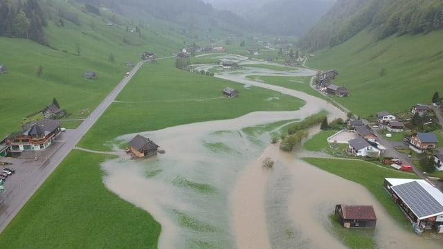 Überschwemmtes Thurtal von einer Drohne aus gesehen bei Alt-St. Johann.