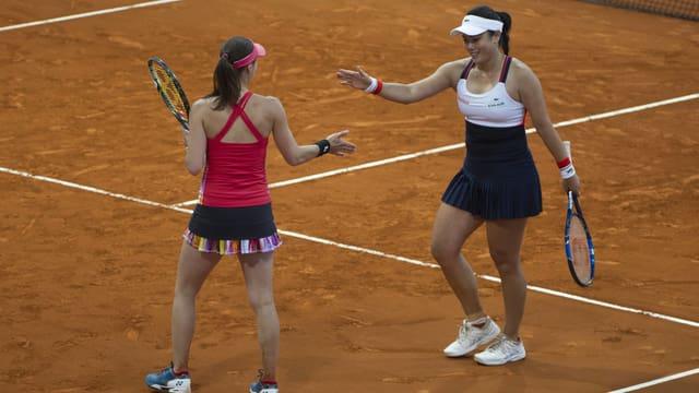 Martina Hingis und Chan Yung-Chan siegen in Madrid.
