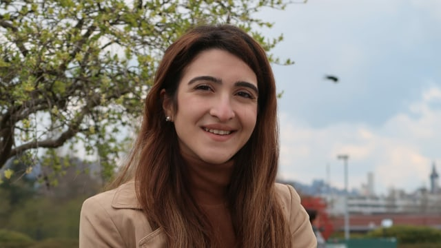 Porträtbild der israelischen Kunststudentin Areen Fadila
