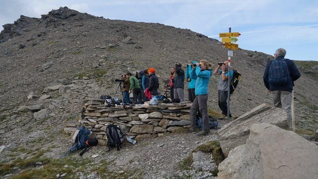 Il post d'observaziun tar la Farcletta digl Lai Grand è vegnì equipà cun in mir sitg.