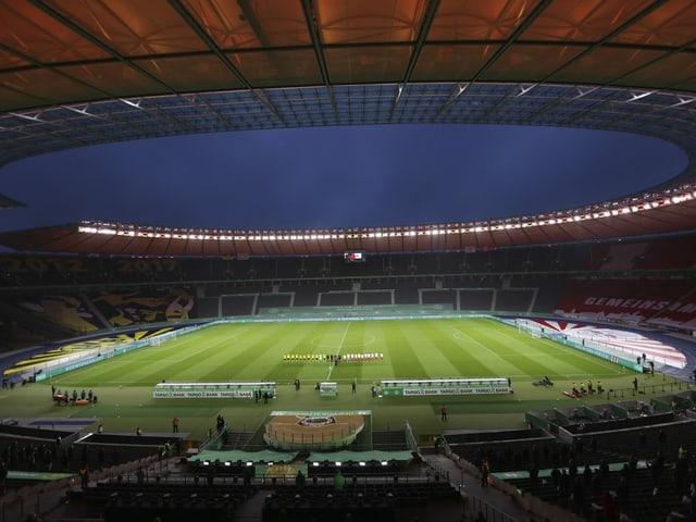 Berliner Olympiastadion vor dem Anpfiff