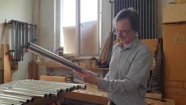 Anton Meier mit Orgelpfeiffe