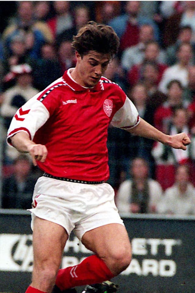 Die 2. Austragung fand 1995 erneut in Saudi Arabien statt. Das Turnier gilt als Vorläufer des erstmals 1997 von der FIFA ausgetragenen Confed-Cups. Im Final bezwang der damalige Europameister Dänmark Titelverteidiger Argentinien auch dank des Führungstors von Michael Laudrup mit 2:0.