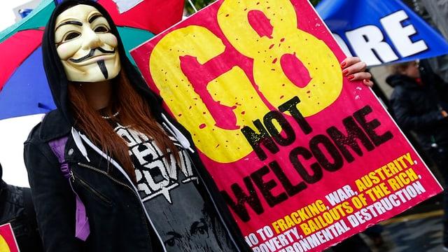 Anti-G8-Demo in Belfast.