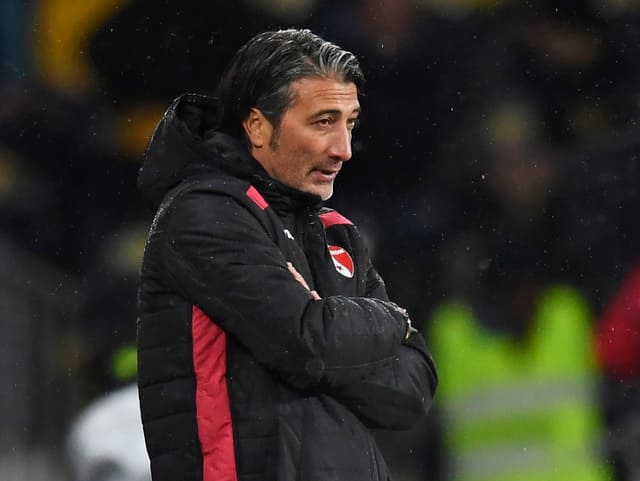 Murat Yakin an der Seitenlinie beim FC Sion.