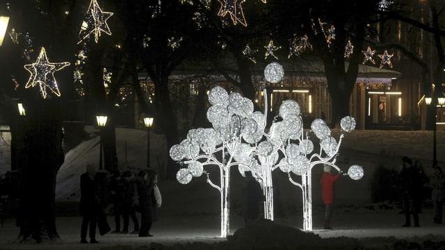 Skulptur auf dem Weg der Weihnachtsbäume in Riga