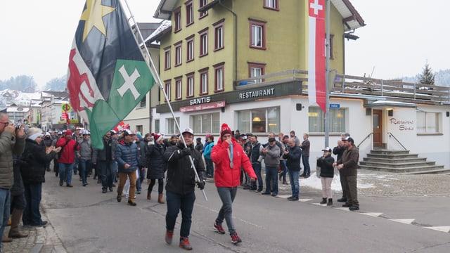 Marsch zum Vereinssaal