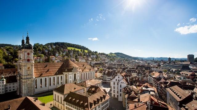 Die Altstadt St. Gallens bei strahlendem Sonnenschein