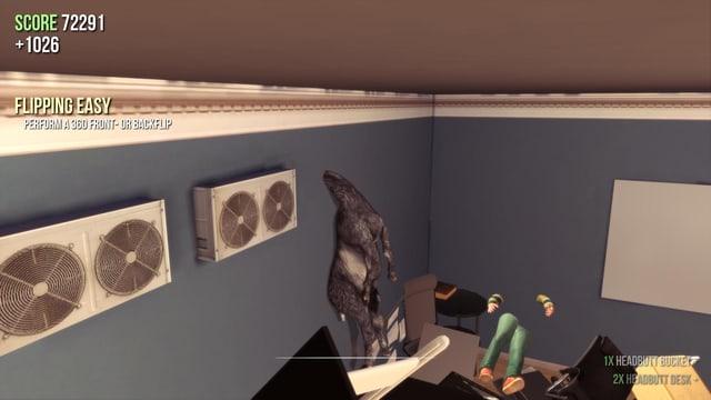 Eine Ziege steckt mit dem Kopf in einer Wand fest und hängt vom Hals hinunter herab. Von einem in der gegenüberliegenden Wand feststeckenden Menschen sind nur Hände und Beine zu sehen.