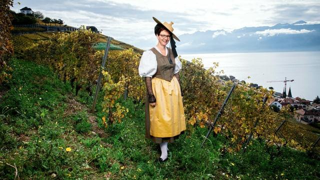 Portrait von Landfrau Aurélia Joly aus Grandvaux, VD in der Tracht.