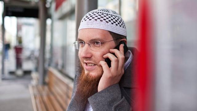 Blancho am Telefon