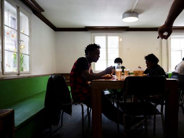 120 Plätze für jugendliche Asylsuchende bietet der Grosshof in Kriens. Er ersetzt den Pilatusblick, welcher schliesst.