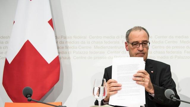 Guy Parmelin im September 2016 im Medienzentrum des Bundeshauses.