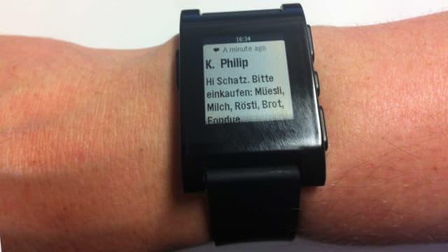 Smartwatch Pebble.