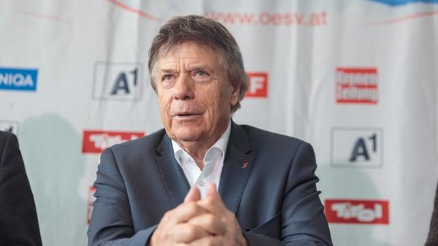 ÖSV-Präsident Peter Schröcksnadel an einer Medienkonferenz.
