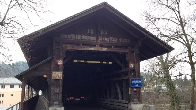 Holzbrücke.