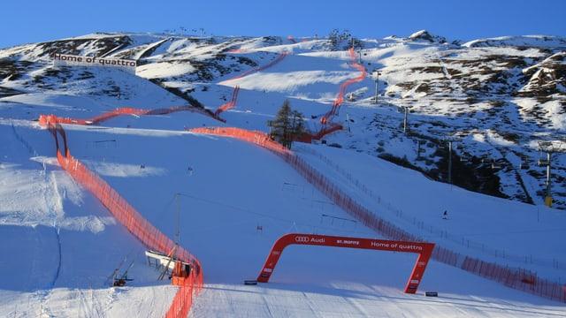 Im letzten Winter fanden die Frauenrennen bei wolkenlosem Himmel statt.