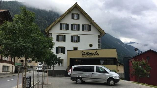 Hotel Vallatscha a Curaglia.