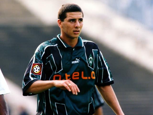 Claudio Pizarro in seiner ersten Saison für Bremen 1999.