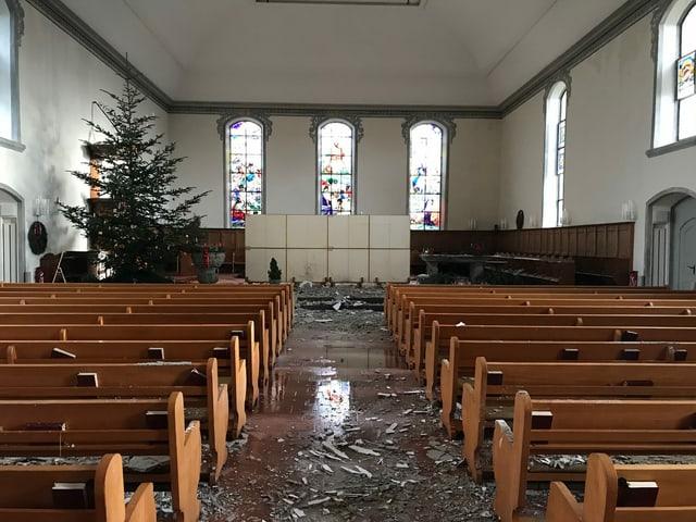 Innern der Kirche nach Brand