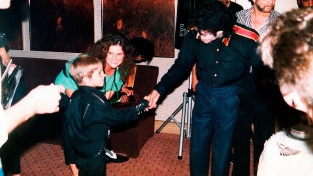Der fünfjährige Wade Robson lernt 1987 Michael Jackson kennen. (Szene aus «Leaving Neverland»)