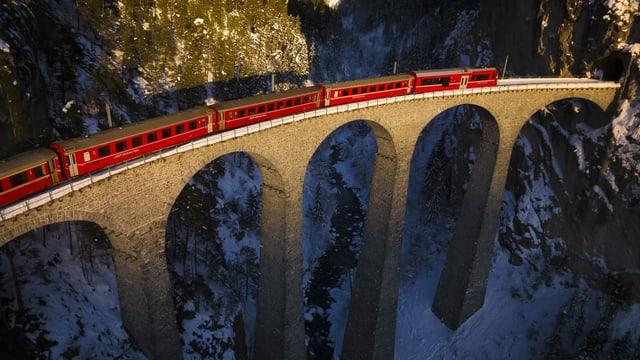 Tren sin viaduct.