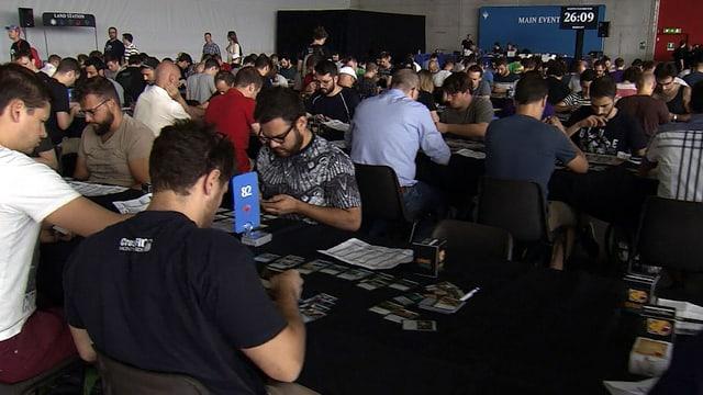 Hunderte Magic-Spieler in einer Halle