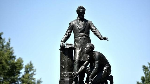 Lincoln-Statue mit Sklave in Fesseln