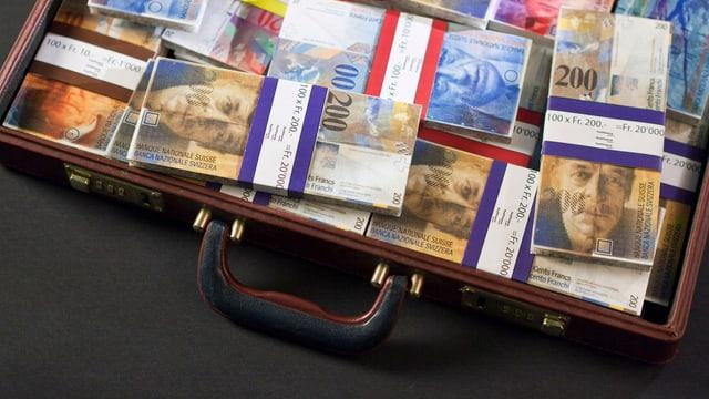 Koffer mit Geld